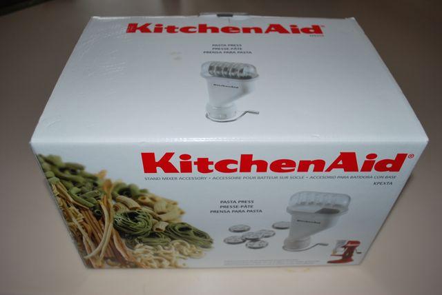 Homemade Pasta With The Kitchenaid Mixer Missbargainhuntress
